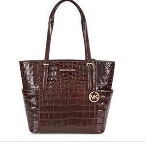 Authentic Michael Kors LG tote embossed leather